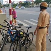 Tổng hợp những lỗi người đi xe đạp thường vi phạm