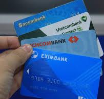 Phải làm gì khi người lạ chuyển tiền nhầm tài khoản?