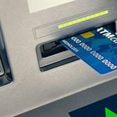 Bao nhiêu tuổi thì được làm thẻ ATM?