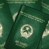 Hộ chiếu sắp hết trang nhưng còn thời hạn thì xử lý thế nào?