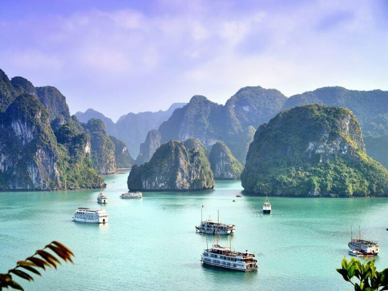Viết một đoạn văn kể về cảnh đẹp nước ta