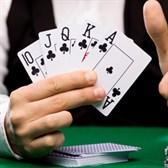 Giáo viên đánh bạc 2021 có bị buộc thôi việc không?