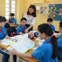 Giáo viên hợp đồng có được hưởng phụ cấp đứng lớp không?
