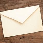 Viết thư cho ông bà, bố mẹ để nói lên niềm tự hào về truyền thống gia đình